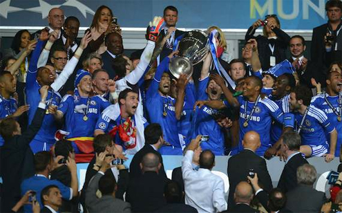Những khoảnh khắc 'chết đi sống lại' của Chelsea tại C1 mùa 2011/12