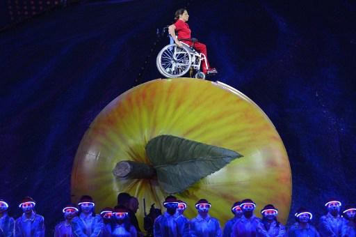 Chất nhân văn trong lễ khai mạc Paralympic