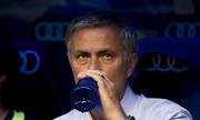 Mourinho kiếm tiền giỏi nhất giới HLV bóng đá