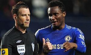 Sao Chelsea bị cấm thi đấu vì vụ trọng tài Clattenburg