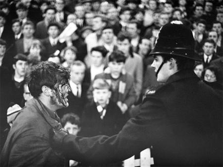 Những khoảnh khắc đáng nhớ ở derby Man City - MU
