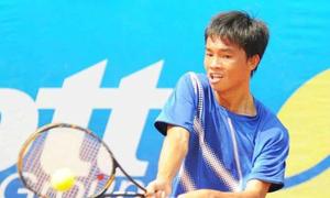 Tay vợt Việt Nam ngã gãy tay ở Thái Lan