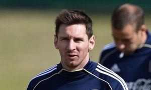 Messi vung tiền bịt vụ trốn thuế