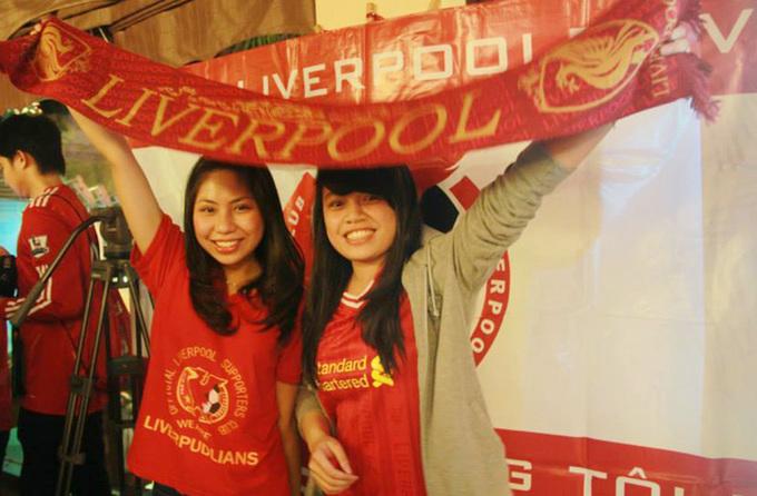 CĐV Việt khuấy động trước thềm đại chiến Liverpool - Man City