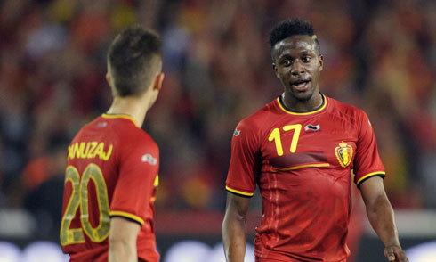 Hàng thải Chelsea làm lu mờ ngày Januzaj ra mắt tuyển Bỉ