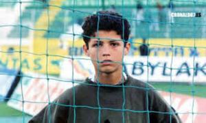 Rắn mặt với xã hội đen, Ronaldo ăn đòn năm 15 tuổi