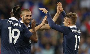 Benzema thế vai Ribery, Pháp trút mưa bàn thắng