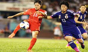 Thủ quân tuyển nữ Việt Nam: Khó tìm người yêu vì là cầu thủ