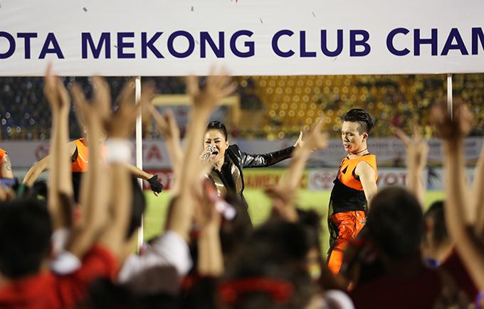 Nét đẹp cổ vũ bóng đá ở Toyota Mekong Club Championship