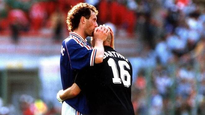 Những thói quen mê tín của bóng đá châu Âu