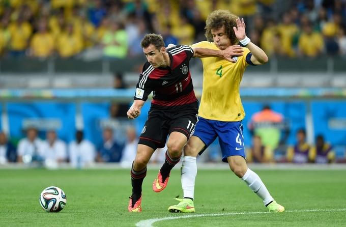 Carrick, Klose thuộc top 10 cầu thủ bị đánh giá thấp hơn năng lực