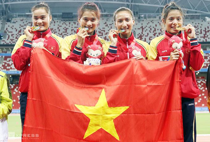 SEA Games 28: Mùa vàng bội thu của điền kinh Việt Nam