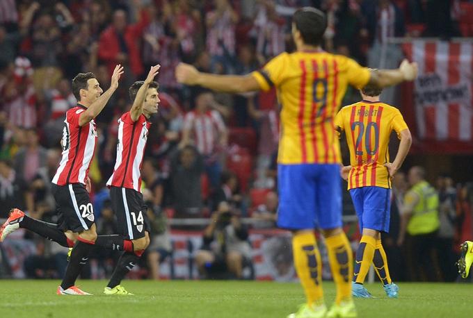 Sai lầm của Enrique đẩy Barca vào thất bại khó tin