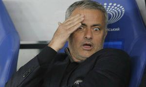Mourinho quyết 'hành hạ' FA và Wenger