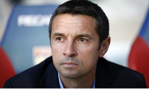 Tân HLV Aston Villa, Remi Garde. Ảnh: Reuters.
