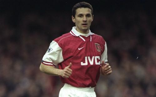 Remi Garde thời còn thi đấu cho Arsenal.