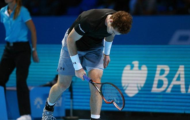 Murray đập gãy vợt do thua Wawrinka
