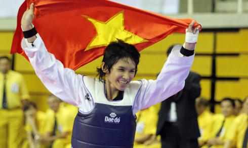 co-gai-vang-taekwondo-viet-nam-qua-doi-o-tuoi-24