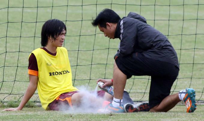 Tuấn Anh chấn thương, bỏ ngang buổi tập U23 Việt Nam