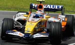 Renault mua lại đội đua Lotus F1 với giá 1,5 đôla