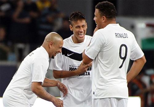 carlos-toi-chi-dua-khi-noi-dua-neymar-ve-real-madrid