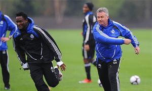 Mikel bật mí về sự hồi sinh của Chelsea với Hiddink
