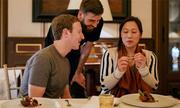 Pique ăn tối với ông chủ Facebook