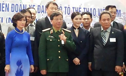 ly-nha-ky-lam-pho-chu-tich-lien-doan-xe-dap-moto-viet-nam