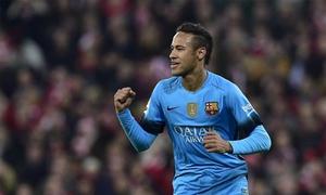Về nghỉ tại Brazil, Neymar không quên cổ vũ Barca