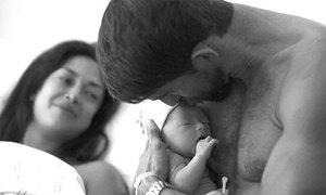 Michael Phelps khoe con trai đầu lòng