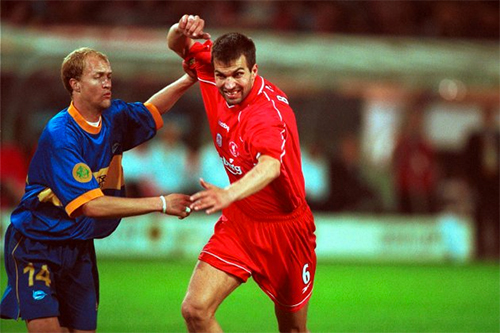 chung-ket-europa-league-nho-ve-ngoi-sao-bang-alaves-nam-xua-1