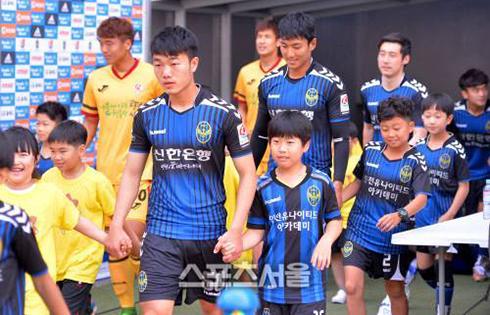 luong-xuan-truong-lan-dau-da-chinh-o-incheon-united