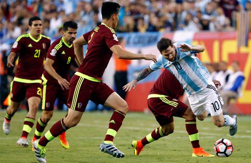 argentina-vao-ban-ket-copa-america-bang-tran-dai-thang-1