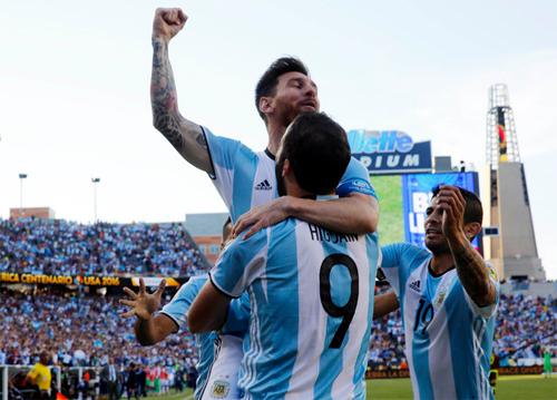 messi-toi-muon-thay-doi-lich-su-cung-doi-tuyen-argentina