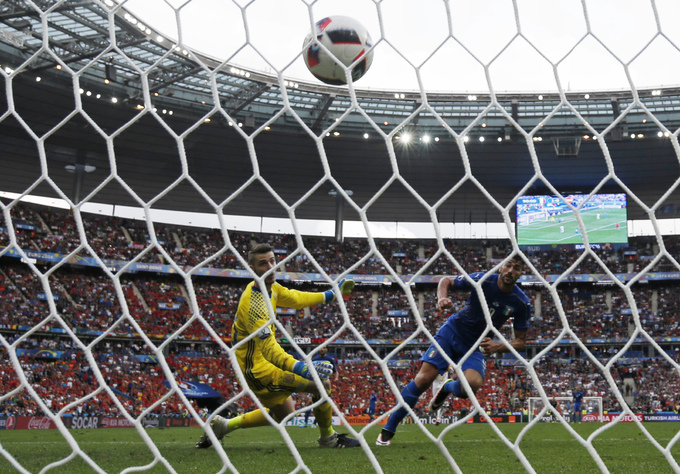 Italy 2-0 Tây Ban Nha: De Gea rất tốt, nhưng Buffon rất tiếc