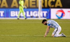 Tổng thống Argentina mong Messi rút lại quyết định chia tay đội tuyển