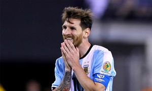 100.000 CĐV đăng ký tuần hành kêu gọi Messi ở lại đội tuyển
