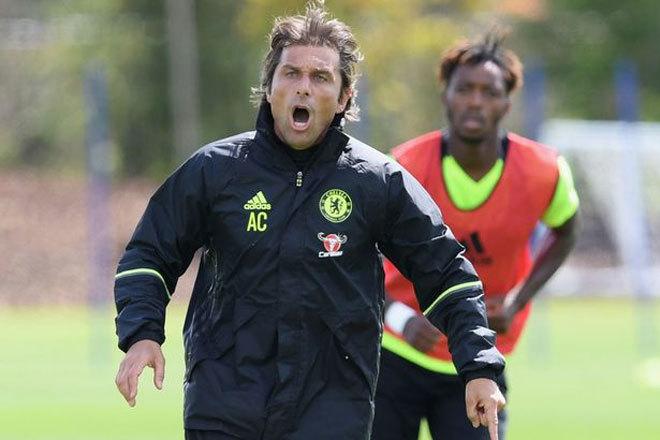 Conte hò hét trong buổi tập đầu tiên tại Chelsea