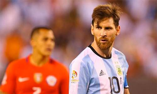 messi-tro-lai-doi-tuyen-argentina-1