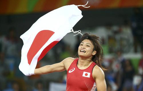 do-vat-nhat-ban-lap-ky-luc-cho-phai-nu-tai-olympic