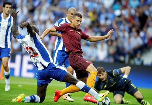 monaco-roma-chiem-loi-the-sau-luot-di-play-off-champions-league-1