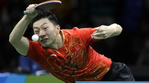 bong-ban-viet-nam-giao-luu-voi-nha-vo-dich-olympic-2016