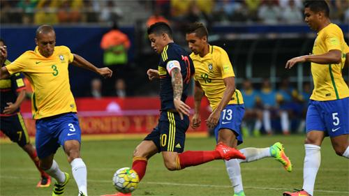 neymar-dua-brazil-bay-cao-tai-vong-loai-world-cup-2018-1
