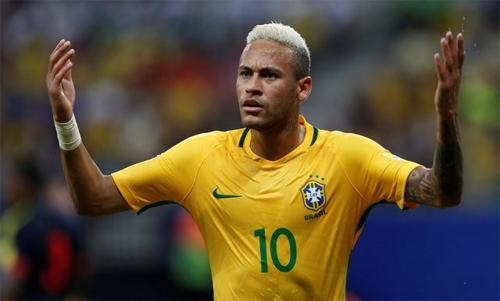 neymar-dua-brazil-bay-cao-tai-vong-loai-world-cup-2018
