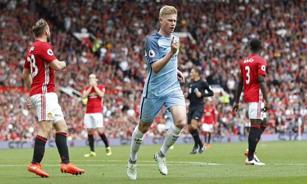 de-bruyne-toa-sang-guardiola-danh-bai-mourinho-o-derby-manchester-page-2