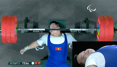 do-cu-viet-nam-bat-ngo-hut-hc-bac-paralympic-1