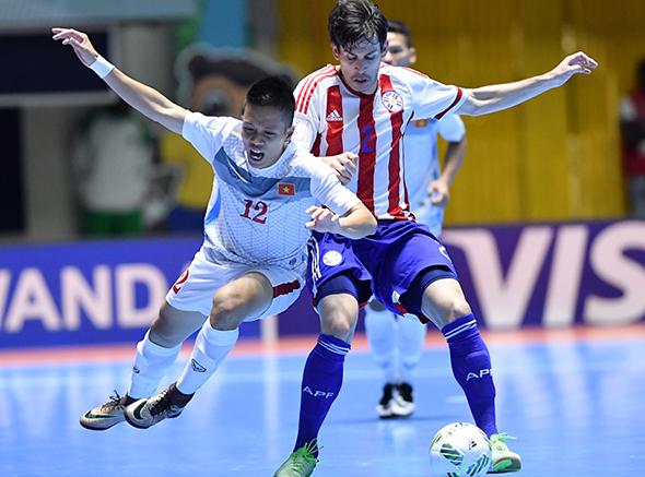 viet-nam-dai-bai-truoc-paraguay-o-fifa-futsal-world-cup-2016-page-2