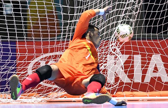 viet-nam-dai-bai-truoc-paraguay-o-fifa-futsal-world-cup-2016-page-2-1