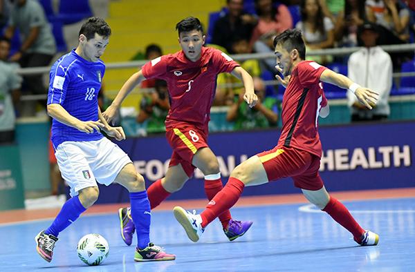 viet-nam-vuot-qua-vong-bang-fifa-futsal-world-cup-2016-page-2