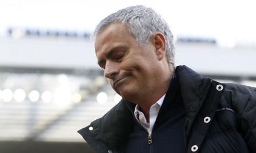 mourinho-khen-man-utd-choi-dep-va-dang-ra-phai-thang-6-0